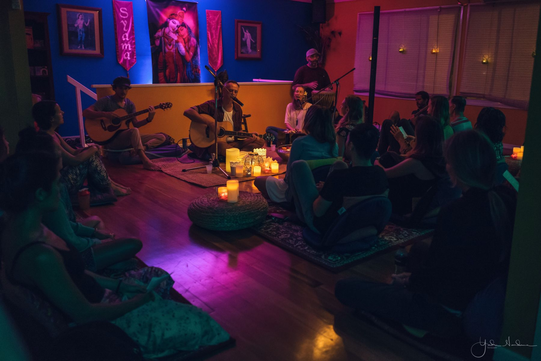 kirtan meditation sacred music community gold coast asmy the mantra room ashraya
