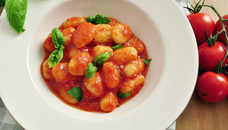 Recipe -- Gnocchi with Fresh Tomato Sauce