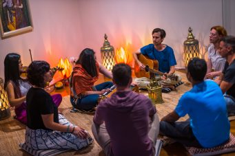 kirtan meditation class