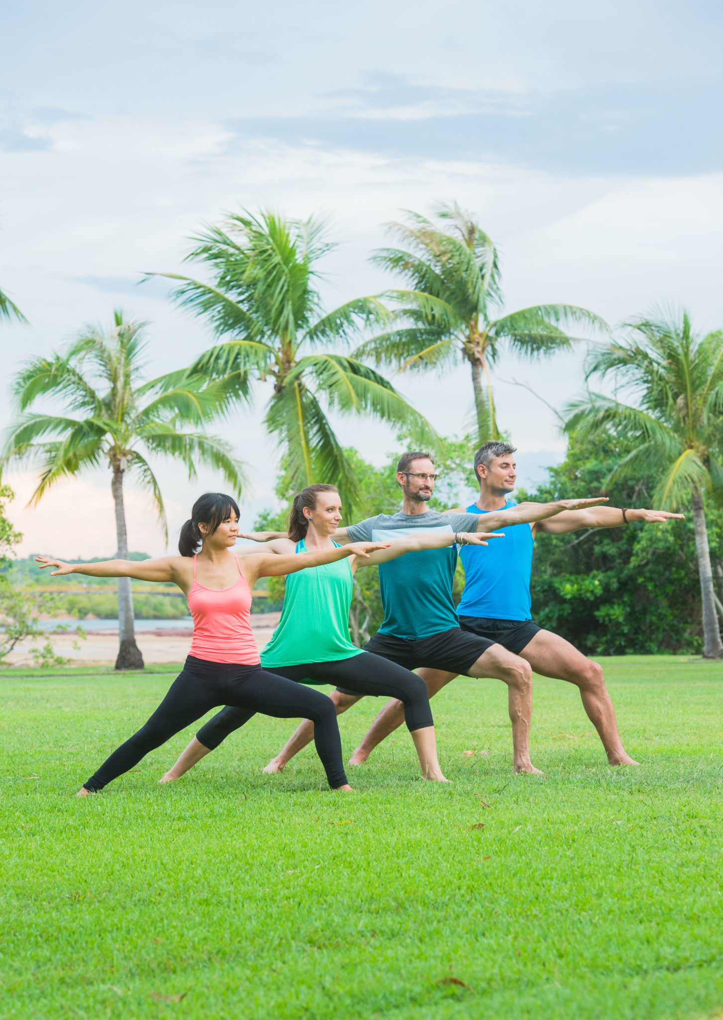 Yoga_Group_Pose_03