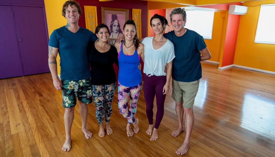 free studio open day health wellness workshops cooking vegetarian vegan yoga meditation mindfulness asmy gold coast australia fun welcoming warm friendly vinyasa yin stretch relax fitness exercise sadhana sangha